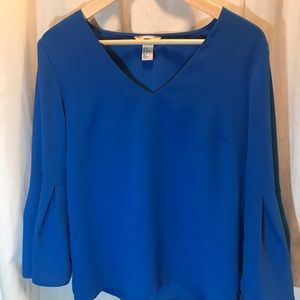 Brilliant blue bell-sleeve H&M top